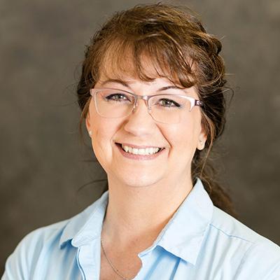 Angela Etzel